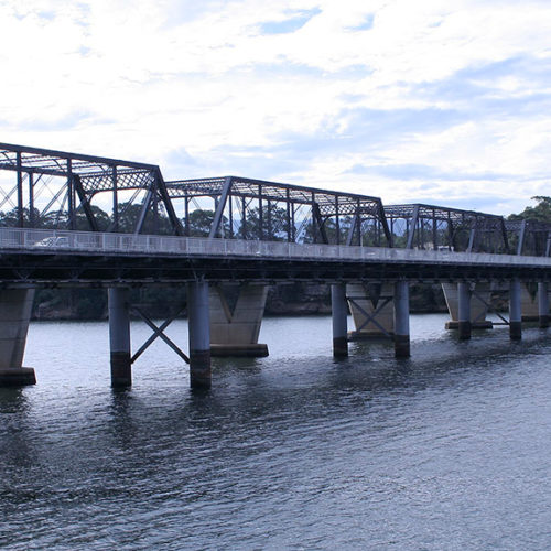 Nowra Bridge. Photo from Wikipedia Commons.